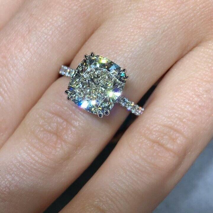 2.00 Ct Cushion Cut Diamond Engagement Ring U-Setting E,VS2 GIA 18K WG Natural 3