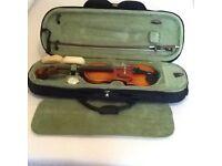 Universal 1/2 Size Violin & Case