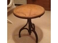 Round rattan and bentwood side table
