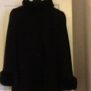 Women's Coat - Size Large