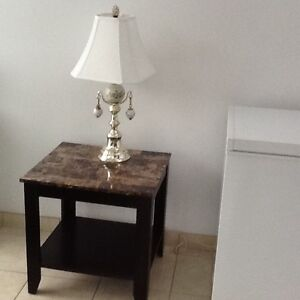 Coffee table, 2 end tables, 2 matching lamps