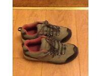 Regatta ladies walking boots size 6 & half