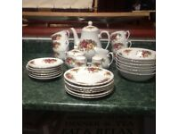 Royal Norfolk Roses Tea Set