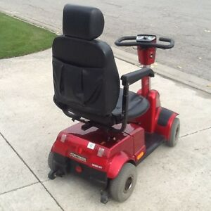 FOR RENT  MOBILITY SCOOTERS  $  100 p/M. AND POWER CHAIRS London Ontario image 7