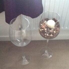 2 large wine glasses
