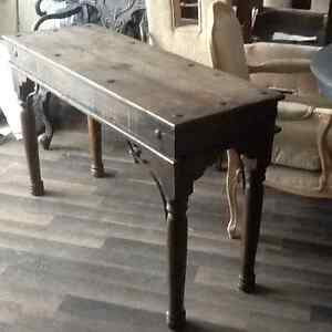 Rustic Pine Hall / Sofa Table Wooden/Blk metal
