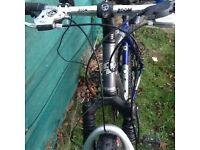 GT Avalanche 3.0 Bicycle Very good condition .