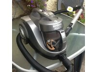 Hoover Alyx vacuum cleaner (Cyclonic system)