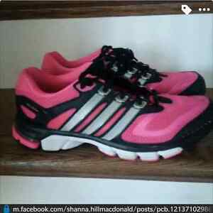 Adidas size 7.5 woman runners