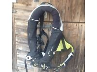 Spinlock Lifejacket. VGC . Leg straps, large size, spray hood,light,whistle cutter, auto and manual.