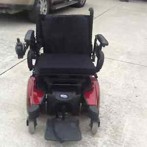 Invacare mobility power chair. Like new London Ontario image 3