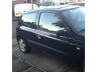 Renault Clio 2004 in very good condition for sale