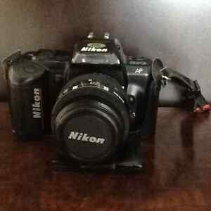 NIKON 35 mm FILM LENSE FLASH CASE London Ontario image 1