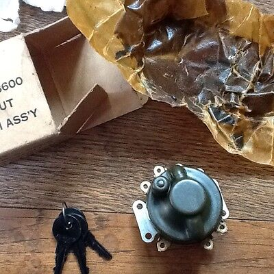 NOS WWll Harley Davidson / Indian  blackout ignition switch with 3 keys