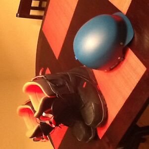 Youth helmet and burton boots