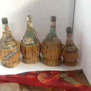 Bottles antique Italian raffia based, glass wine bottles (4)