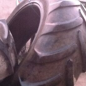 Tractor tyre x 4. 420/85. R38