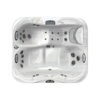 Jacuzzi London Floor Model Clearance Sale – J315 - SAVE 1000'S!