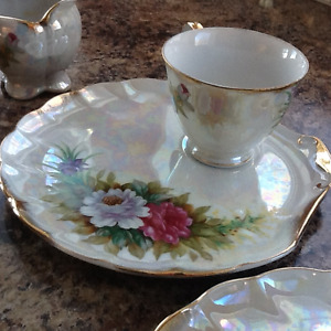 Antique dishes, best offer, all in perfect shape