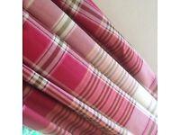 Pair red / burg curtains