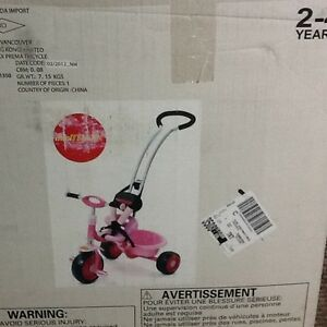 Toddler Tricycle with Parent Handle, Seat Belt & Seat Enclosure