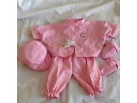 Baby Annabell or baby born clothes