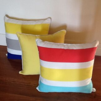 iNDOOR  AND OUTDOOR RAPEE CUSHIONS  BRAND  NEW BRIGHT COLOURS