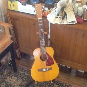 Yamaha Jr acoustic