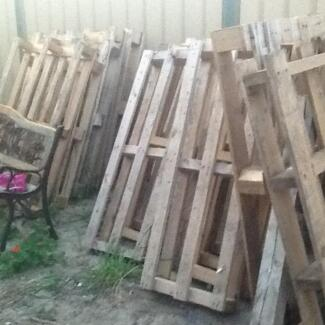 Small half size pallets. Balga Stirling Area Preview