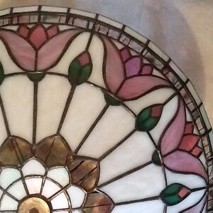 BEAUTIFUL HAND CRAFTED STAINED GLASS LAMPSHADES