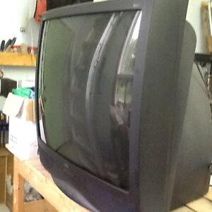 télévision RCA 36 pouces