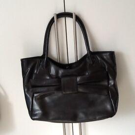 Las Handbags Various Good Choice