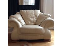 FANTASTIC CREAM REAL LEATHER SETTEE & CHAIR WITH SOLID OAK FEET