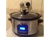 Slow cooker with timer that shuts off
