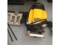 1/4inc dewalt router