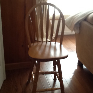 4 counter chairs