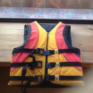 Vest water sports small adult