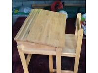 Childs desk ideal for 3 to 6years