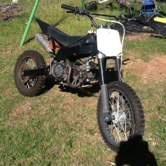 125 big wheel thumpster pit bike dirt bike atomik Hillcrest Logan Area Preview