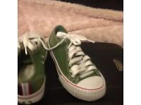 PF Flyer -Size 5 1/2-Low Style-Green & White-Only£12