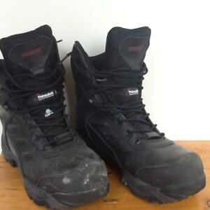 Woman's safety boots , size 8