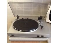 BRAND NEW,. ION VINYL TO MP3 TURNTABLE ,.
