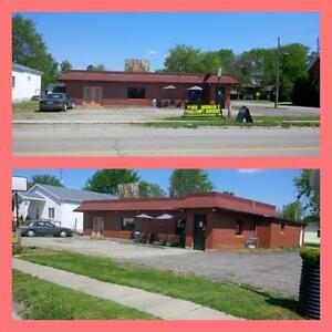 TURNKEY RESTAURANT INCLUDING MOBILE HOME & LARGE LOT