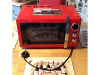 Red Swan Retro Microwave