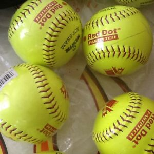 Lot de 10 balles de Softball Worth neuves