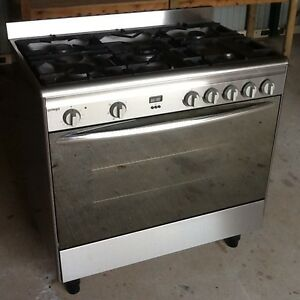 OMEGA COOKTOP & OVEN Cleveland Redland Area Preview