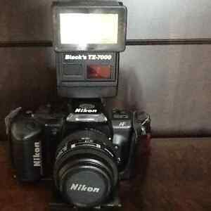 NIKON 35 mm FILM LENSE FLASH CASE London Ontario image 2