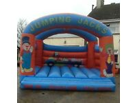 Bungee run and 3 bouncy castles £1450 job lot