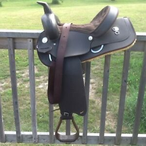 14 Inch Western Wintec Saddle For Sale