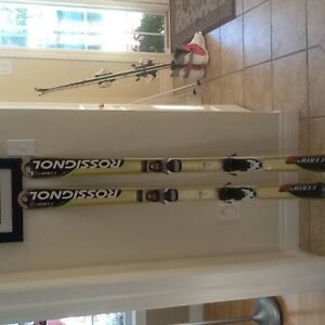 140cm Rossignol unisex skis and bindings